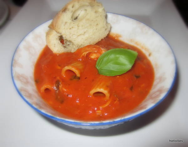 Spicy Cream of Tomato Soup with Chicken and Pasta - Hot Lollies