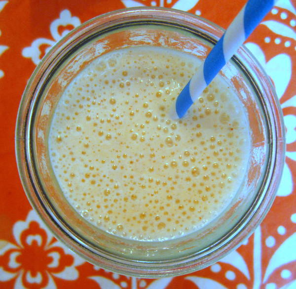 spicy-peanut-butter-banana-smoothie